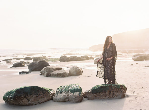 SEASCAPE MATERNITY SESSION